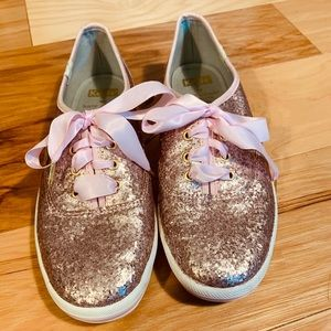 Kate Spade glitter Keds in soft pink. Size 7